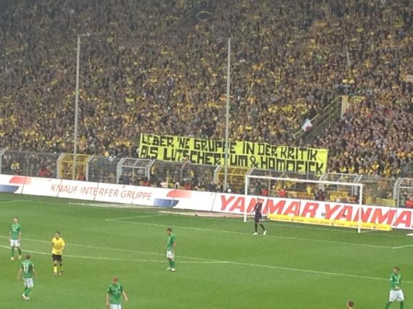 PM zu homophoben Banner in Dortmund