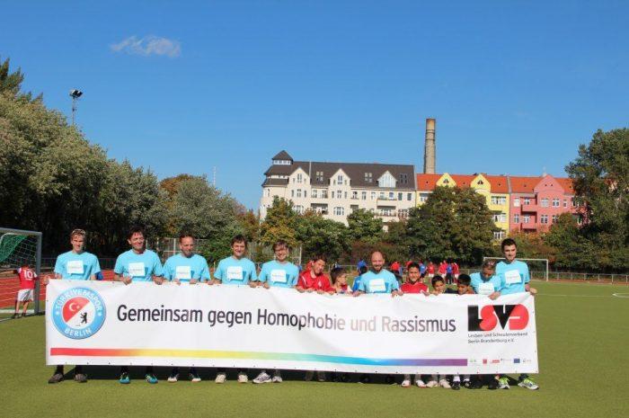 Türkiyemspor Berlin – Gemeinsam gegen Homophobie und Rassismus